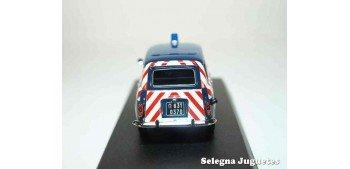 Renault 4 Gendarmerie 1968 escala 1/43 Norev