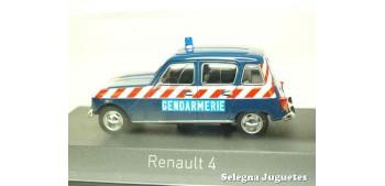 coche miniatura Renault 4 Gendarmerie 1968 escala 1/43 Norev