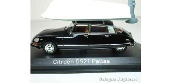 Citroen DS21 pallas 1973 + lancha escala 1/43 Norev