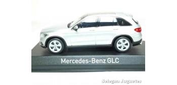 Mercedes Benz GLC 2015 escala 1/43 Norev