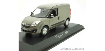 Opel Combo 2013 Furgoneta escala 1/43 Norev