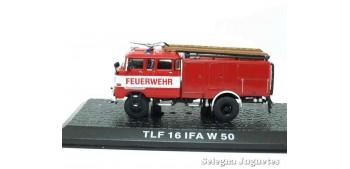 miniature truck TLF 16 IFA W 50 - firefighters - 1/72