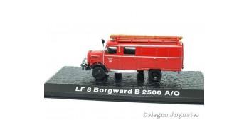 miniature truck LF 8 Borgward B 2500 A/O - firefighters - 1/72