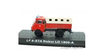 miniature truck LF 8 -STA Robur LO 1800-A - firefighters - 1/72