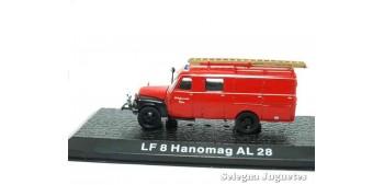 miniature truck LF 8 Hanomag AL 28 - firefighters - 1/72