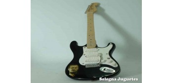 lead figure Eric Clapton Guitar - Guitars of the Stars - 1/6