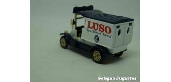 Renault Van Luso furgoneta camión coche miniatura