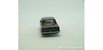 coche miniatura Rolls Royce Silver Shadow escala 1/87 wiking