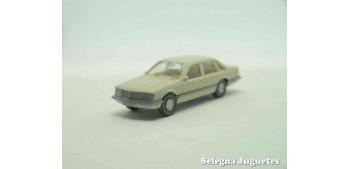 coche miniatura Opel Senator escala 1/87 wiking
