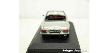 coche miniatura Mercedes 230 SL 1963 Ixo - Rba - Clásicos