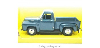 miniature car Ford F-100 Pickup up 1:43 Lucky Die Cast