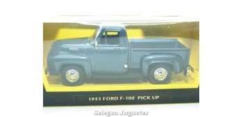 Ford F-100 Pickup up 1/43 Lucky Die Cast