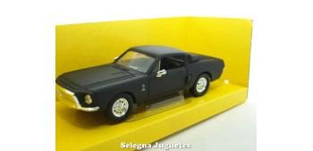 maqueta Shelby GT-500KR 1968 Matt Black 1/43 Lucky die cast