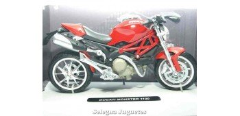 Ducati Monster 1100 roja 1/12 Moto escala 1/12