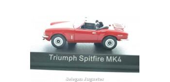 coche miniatura Triumph Spitfire MK4 1/43 Norev