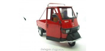 miniature motorcycle Piaggio Ape 50 Cross Country Red 1/18
