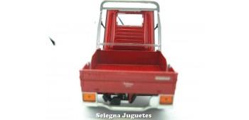 moto miniatura Piaggio Ape 50 Cross Country Rojo1/18
