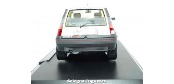 coche miniatura Renault Supercinq GT Turbo 1985 1/18 Norev