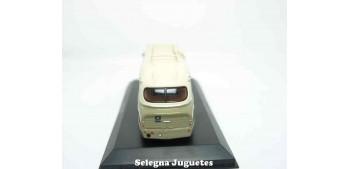 Ikarus 66 autobus 1/72 Atlas