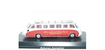 Kässbohrer Setra S8 autobus 1/72