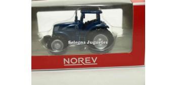 coche miniatura New Holland T7070 1/64 Norev