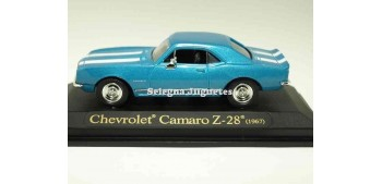Chevrolet Camaro Z-28 1967 blue 1/43 Lucky Die Cast car miniature Car miniatures