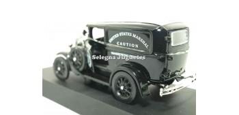 coche miniatura Ford Model A US Marsahll Van escala 1/32 New
