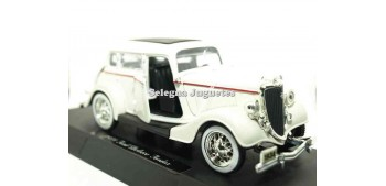Ford Deluxe Fordor 1934 escala 1/32 New Ray coche en miniatura Coches a escala