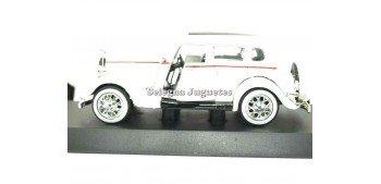 Ford Deluxe Fordor 1934 escala 1/32 New Ray coche en miniatura Coches a escala