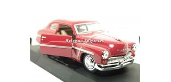 coche miniatura Ford Mercury 1949 escala 1/32 New Ray coche en