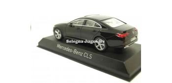 miniature car Mercedes Bez CLS 1:43 Norev