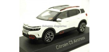 Citroen C5 Aircross White 1:43 Norev