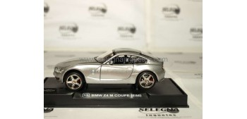 BMW Z4 COUPE - 1/32 RMZ - COCHE A ESCALA