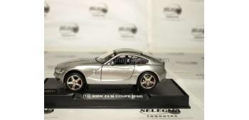 Bmw Z4 coupe plata 1/32 RMZ coche miniatura