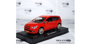 Citroen C4 Rojo 1/32 RMZ coche miniatura metal