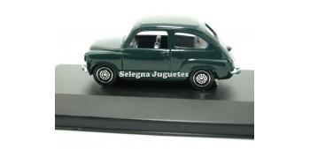 coche miniatura Seat 600 oscuro vitrina escala 1/43 Guisval