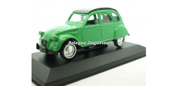 coche miniatura Citroen 2CV verde escala 1/36 Guisval