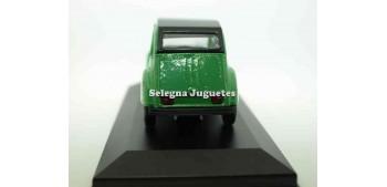 Citroen 2CV verde escala 1/36 Guisval