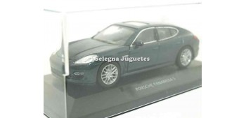 Porsche Panamera S (vitrina)1/34 a 1/39 Welly Coche metal miniatura
