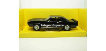 Pontiac Firebird Trans Am negro escala 1/43 Lucky Die Cast