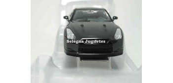 Nissan GT-R (R35) escala 1/24 Yat ming