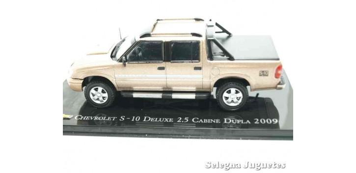 Chevrolet S-10 Deluxe 2.5 Cabine Dupla 2009 escala 1/43 Ixo Altaya