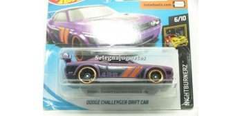 Dodge Challenger Drift Car 1/64 Hot Wheels