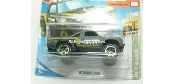 Dodge D100 87 1/64 Hot Wheels