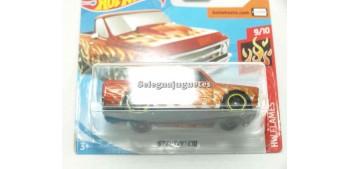 miniature car Chevy Cio 67 1/64 Hot Wheels