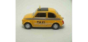 miniature car Fiat 500 nuova Taxi scale 1:43 Welly
