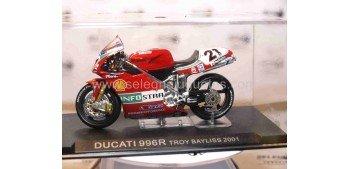 Ducati 996R Troy Bayliss 2001 escala 1/24 Ixo moto miniatura metal Ixo