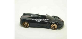 miniature car Pagani Huayra Roadster (without box) 1/64 Hot