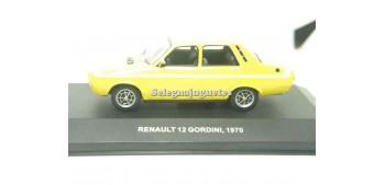 miniature car Renault 12 Gordini 1970 1/43 Solido