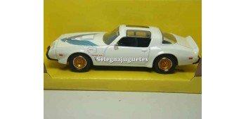 maqueta Pontiac Firebird Trans Am 1979 Blanco 1/43 Lucky Die